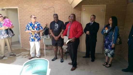 20160508_01-Alphonso Davis speaks about his soon to be brother Larry Henderson!