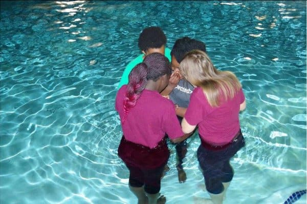 20160308_04-The sisters pray with Ada before she is baptized in the name of Jesus Christ!