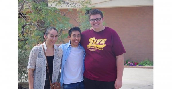 20160305_02-Nelson with his close friends Yahaira Cuadras and Jonah Schmidt!