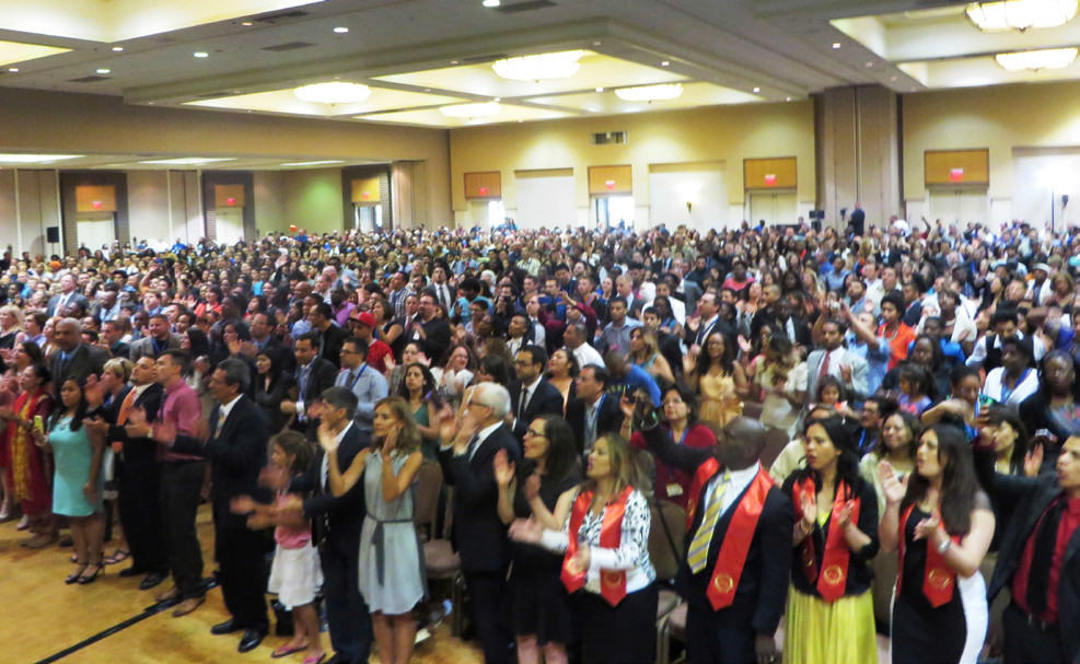 ALMOST 2,000 DISCIPLES GATHERED FOR THE SUNDAY MORNING SERVICE OF THE 2014 GLC WHOSE INSPIRATIONAL THEME WAS ZION'S DREAMERS!