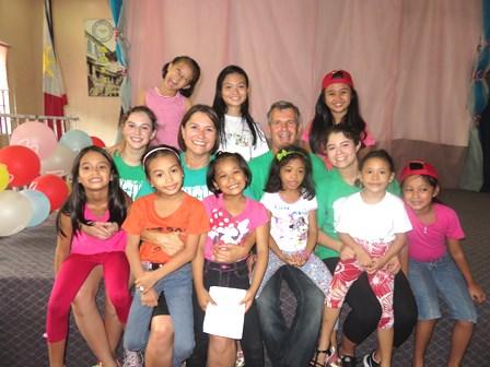 Nick, Denise, Sonrisa and Makaela Bordieri joyfully served the orphans in Metro Manila on the Day of MERCY